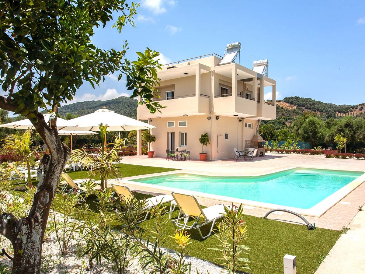 Platanias hania Green Orange Villa Safe holidays