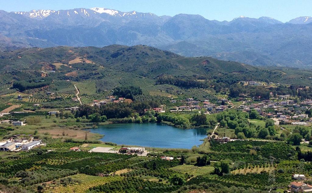 Agia lake, Green Orange Villa, things to do